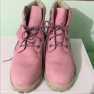 Timberland Shoes - PINK Timberlands RARE!!! 👟👛👚